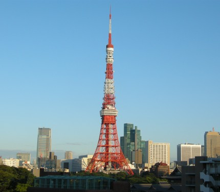 Tower_in_the_morning