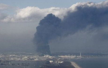 Fukushima_smoke_on_the_earth